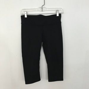 Fabletics black crop leggings